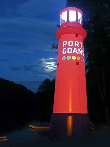 Dmuchana latarnia Port Gdańsk - dedykowany kształt balonu reklamowego z podświetleniem.