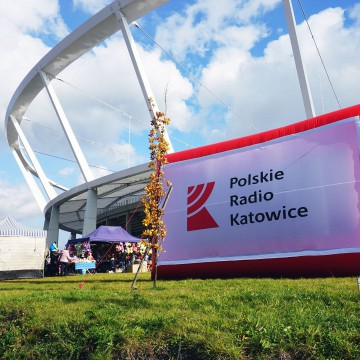 Dmuchany billboard (ekran) Polskiego Radia Katowice