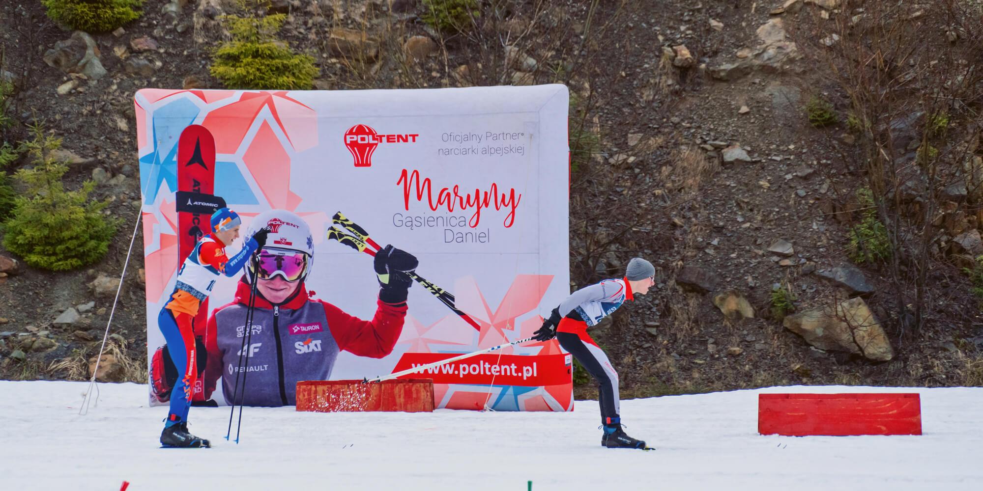 Mistrzostwa w biegach narciarskich - dmuchany billboard ekran VENTO