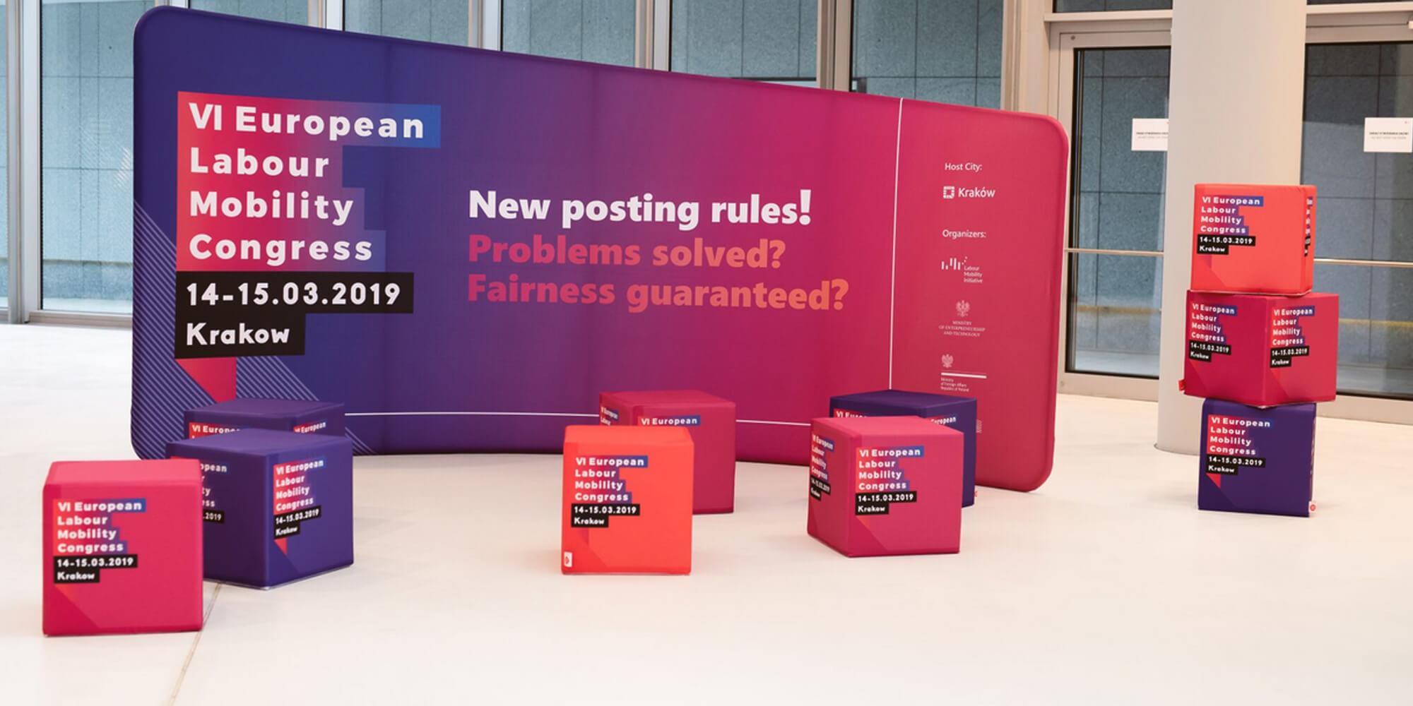 Kostki reklamowe na konferencji